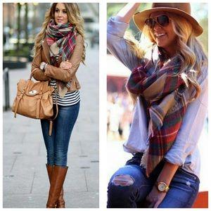 Accessories - HOST PICK!! Beige Blanket Scarf