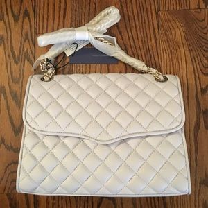 Rebecca Minkoff Handbags - Rebecca Minkoff Quilted cross body bag
