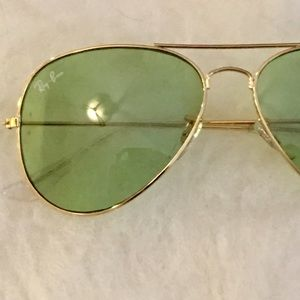 Light Green Ray Ban Style Aviators Sunglasses