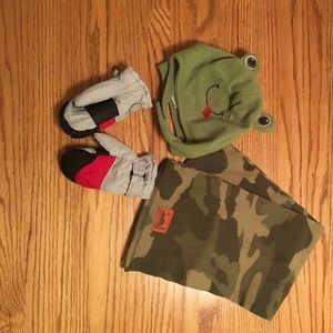 Other - Boys winter set of scraft, hat, thinsulate mittens