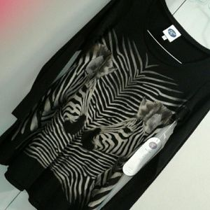 Double Zebras   Front Cotton Tunic w Long Sleeves