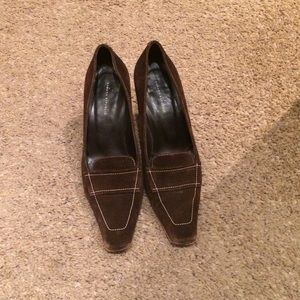 Banana republic brown shoes