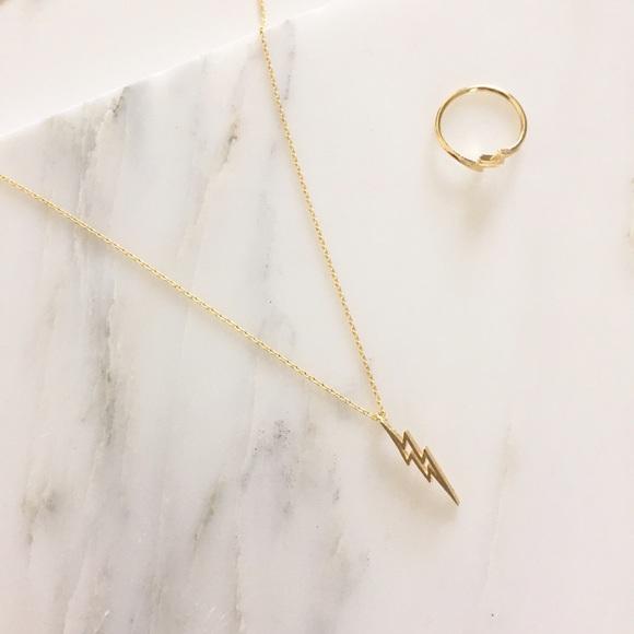 c5028288bf2bb NWT || Gold Lightning Bolt Necklace Ring Set Boutique