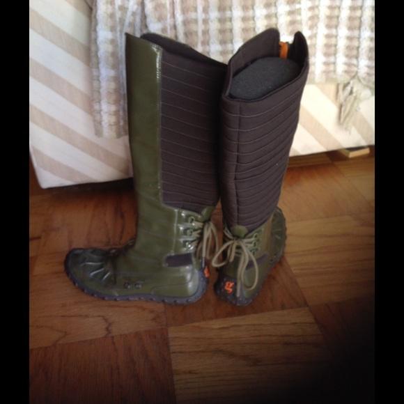 52d21c972e Cole Haan Shoes - Cyber-punk Farleigh rain boots