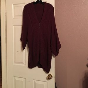 Venus of Cortland Sweaters - Beautiful Burgundy sweater with front zipper