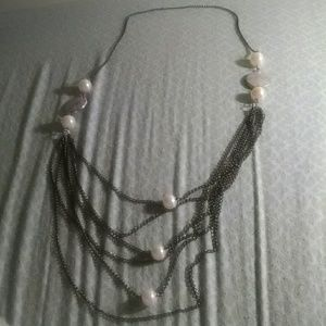 Jewelry - Chain Necklace with faux pearls