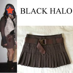 Black Halo Dresses & Skirts - Black Halo Pleated Mini Skirt