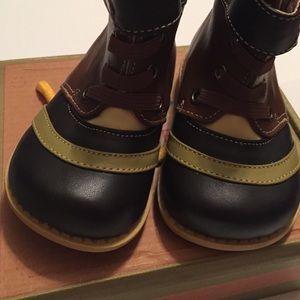 NIB LIVIE /& LUCA Shoes Boots Gaffer Brown Toddler 4 5 6