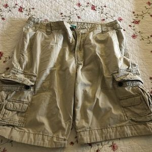 Aeropostale Other - Men's great condition lightly worn cargo shorts!