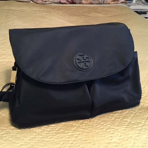 8f1186788377 🆕Tory Burch Nylon Messenger BABY diaper bag. NWT