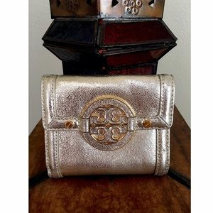 Tory Burch Handbags - TORY BURCH AMANDA DOUBLE SNAP WALLET