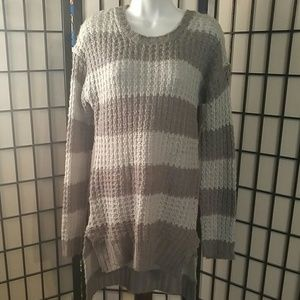 Rue 21 two tone tray sweater