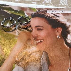 Chloe+Isabel LaLune Sculpted Hoop Earrings