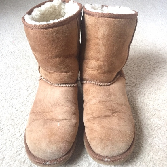wide ugg boots