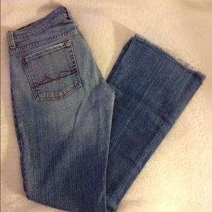 7FAM Boyfriend Jeans