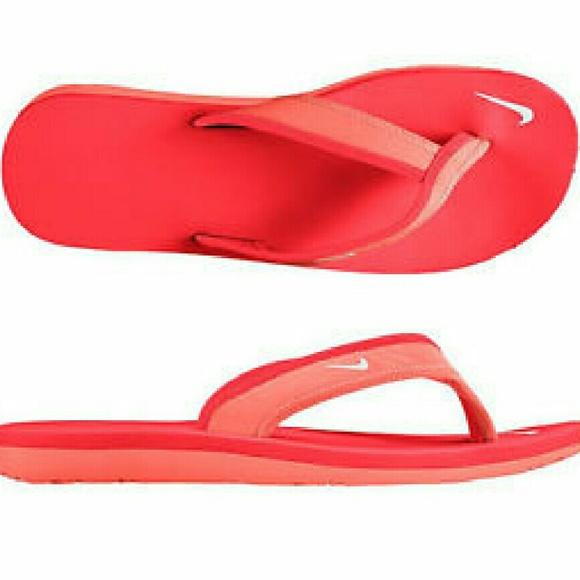 f50e32d1307 Nike Celso Girls Sandals Flip Flops 5 NEW