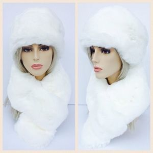 IMPOSTER Fur Russian Hat & Scarf set, white