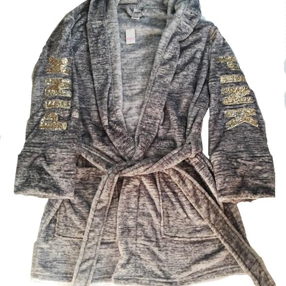 b5c6ec9a02 PINK VS Bling Marl Grey Plush Robe w  Gold Sequins