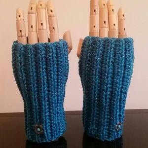 The Girl In Grey Accessories - HOST PICK!!! Handmade turquoise fingerless gloves