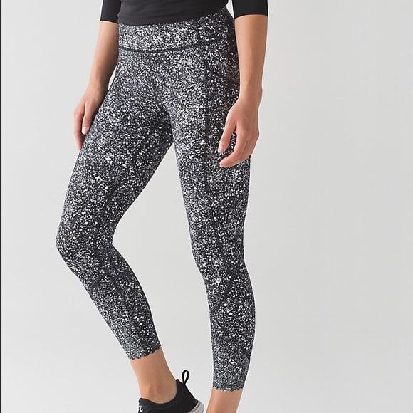8e7a49864 lululemon athletica Pants - Lululemon Tight Stuff Tight II