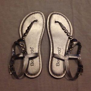 Bernardo Shoes - Silver Bernardo Sandals Size 6