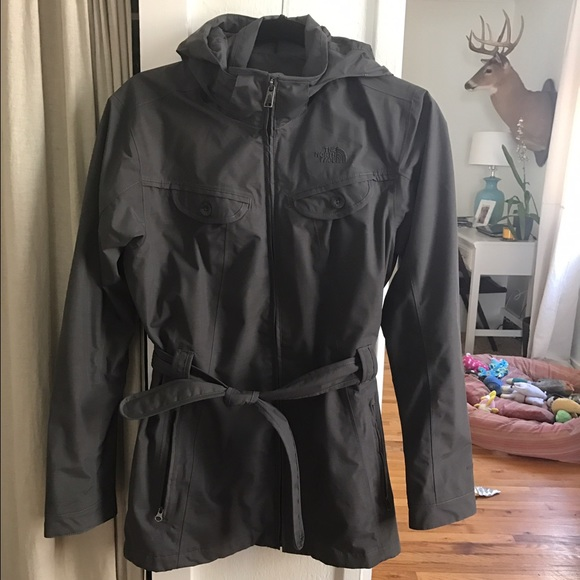 bbc9b3b33 North Face charcoal belted rain jacket