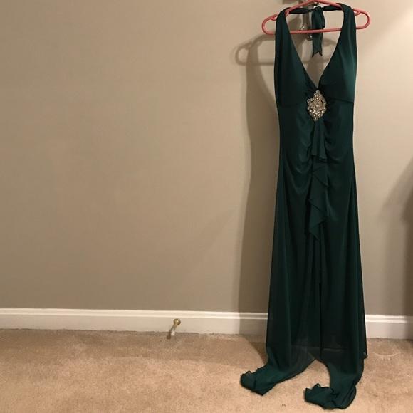 Rampage Dresses & Skirts - Emerald green Evening dress