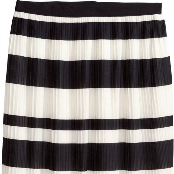 60 h m dresses skirts h m black and white striped