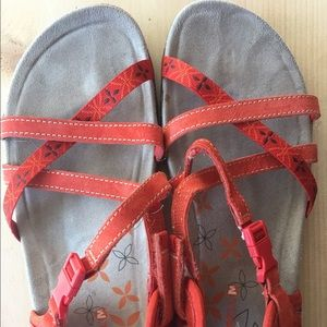 0412dbc0cf37 Merrell Shoes - Merrell Hiking Terran Lattice Sandal Red Clay