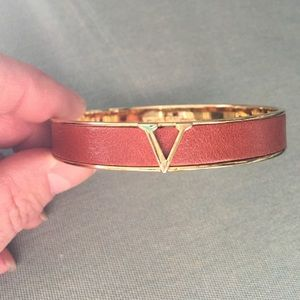 Vince Camuto Jewelry - ~Vince Camino~