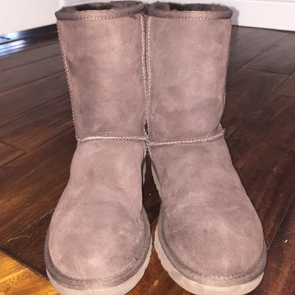 how to clean the inside of uggs without ruining them