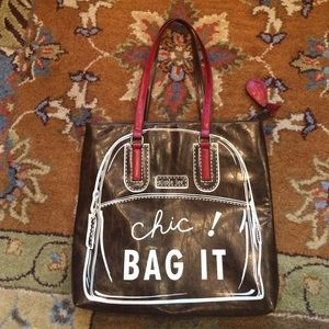 NICOLE LEE Handbags - NWOT NICOLE LEE CHIC BAG!!