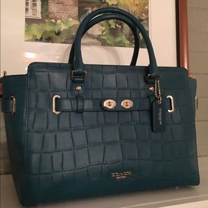 Coach Handbags - Authentic Coach Carryall Blake Bag
