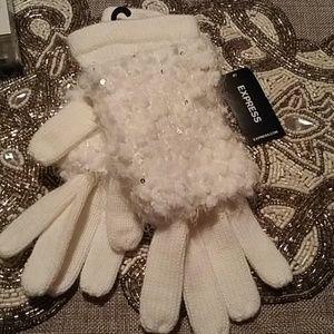 Express gloves.