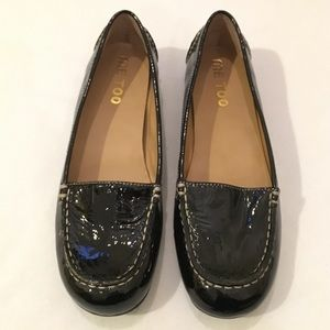 me too Shoes - NWOT Me Too Patent leather flats