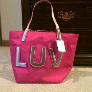 SALE????????$$$$$Betsey Johnson Tote