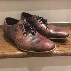 Steve Madden Flower Print shoe