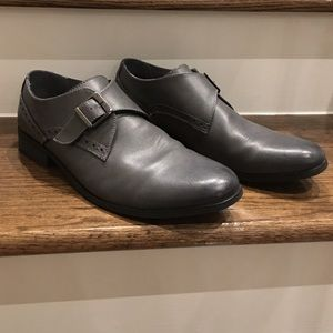Penguin strap shoe
