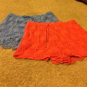 Pinky Pants - 2 pairs crochet shorts Pinky large