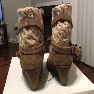 5b7e2f6f0b2 Steve Madden Shoes - Steve Madden Alpine Wedge Bootie