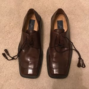 Giorgio Brutini Other - Dark brown Giorgio Brutini dress shoes.