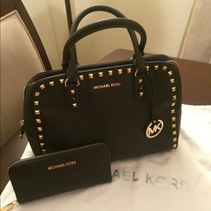 NICE AUTHENTIC BLACK MICHAEL KORS STUDDED SET