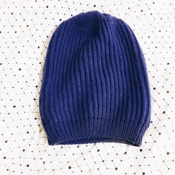 236a99df2e5 Urban Outfitters BDG Knit Slouch Beanie. M 583936034e95a3486a06c3e2. Other  Accessories ...