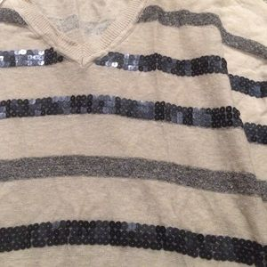 Forever 21 Sweaters - Forever 21 sequin tunic sweater