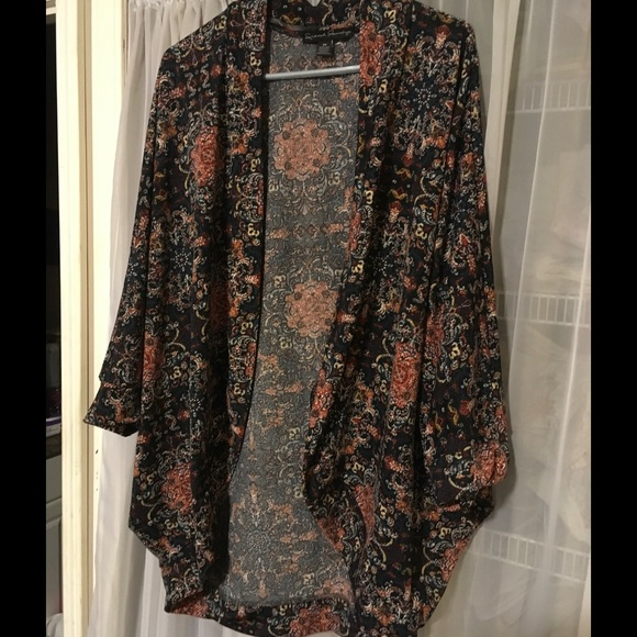 french laundry Sweaters - French Laundry Flowing Top Sz 3x