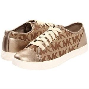 Michael Kors  Authentic low top designer sneakers