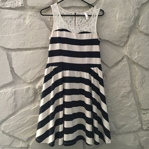 Black and cream stripe dress with lace detail S