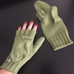 Accessories - Green Mittens Winter Knit Gloves
