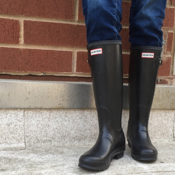 55% off Hunter Shoes - Hunter boots size 6 black from Linda's ...