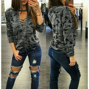 Tops - **LAST ONE!!** Adorable Gray Camo Lace Up Top!